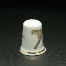 画像3: イギリス  英国陶製シンブル(指貫)CHEETAHチーター WHIPSNADE (3)