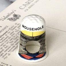 画像1: イギリス  英国陶製シンブル MOUSEHOLE 穴の中のネズミ (1)